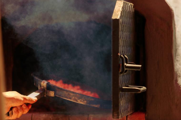 ピザ窯を使用する際に避けては通れない煙問題がペレットピザ窯で解決