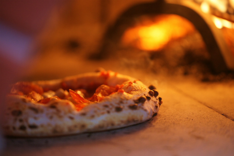 おいしいピザを焼くためのピザ窯選び