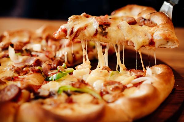 どんなピザが人気なの?オススメのトッピングをご紹介します
